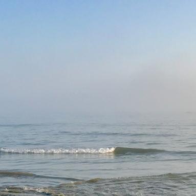 sea sky blur